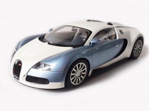 1:12 AUTOart Bugatti EB 16.4 Veyron Pearl/Ice Blue 12533