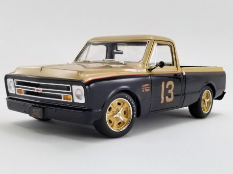 "1:18 ACME 1967 Chevrolet C-10 Shop Truck ""Smokey Yunick"""