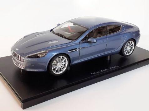 1:18 Autoart Aston Martin Rapide - Concours Blue - 70218