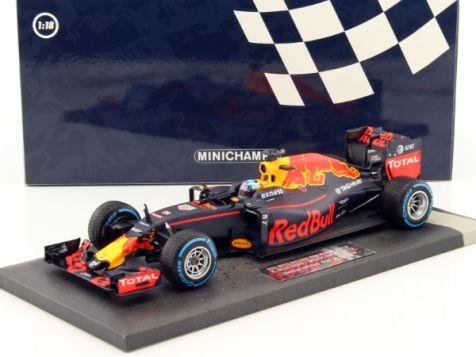 Red Bull Racing Tag-Heuer RB13 #3 Daniel Ricciardo, Australian Grand Prix 2017