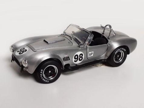 1:24 Franklin Mint Shelby Cobra 427 S/C YF05