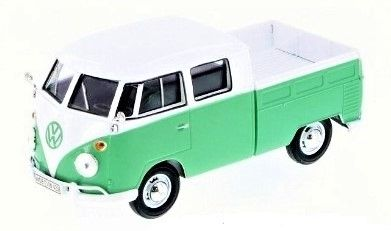 1:24 Motor Max - Volkswagen Type 2 (T1) - Double Cab Pickup - White/Green - Item #79343