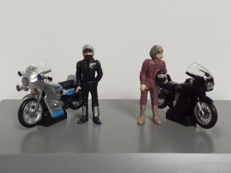 1:43 ACE/DDA Goose & Toecutter Figurines + Their Kawasaki Bikes