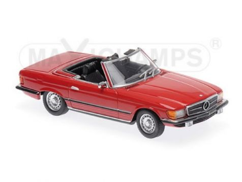 1:43 Maxichamps 1974 Mercedes-Benz 350 SL in Red