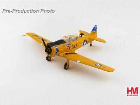 1:72 Hobby Master T-6G Texan 51-14337, 75th FIS, Presque Isle AFB, 1952 HA1527