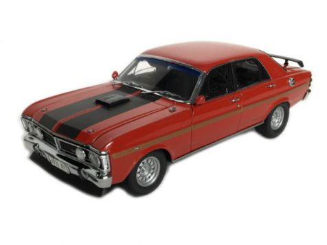 PREORDER 1:18 Classic Carlectables 1971 RETRO Ford XY Falcon GT-HO Phase III - Track Red and Gold Stripes