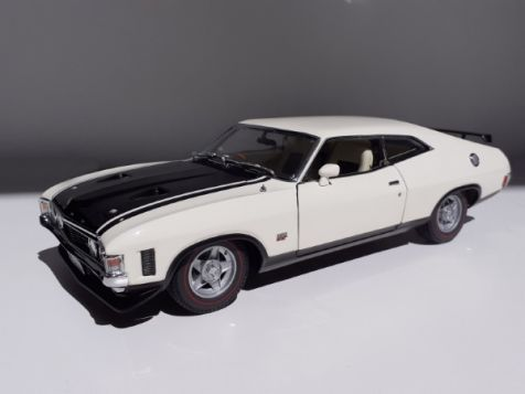 1:18 Classic Carlectables Ford XA Falcon RPO 83 Coupe in Polar White