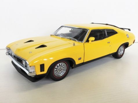 1:18 Classic Carlectables 1973 Ford Falcon XA RPO83 Coupe Yellow Glow diecast model car