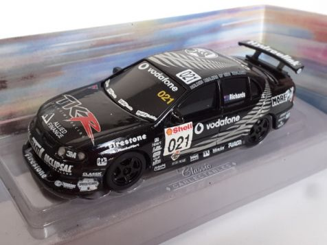 1:43 Classic Carlectables 2002 Holden VX Commodore #8 Russell Ingall 1008-4