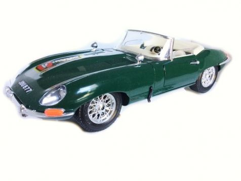 1:18 Bburago 1961 Jaguar E-Type Cabriolet 3016