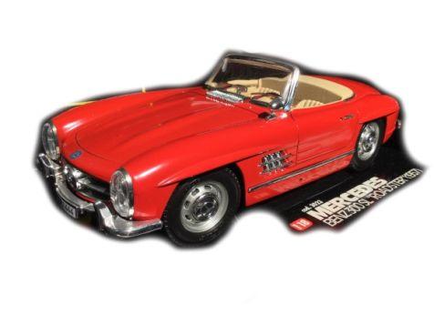 "1:18 Bburago 1957 Mercedes-BenZ 300 SL ""Roadster"""