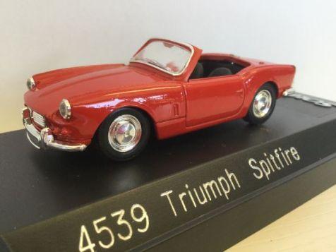 1:43 Solido Triumph Spitfire 4539
