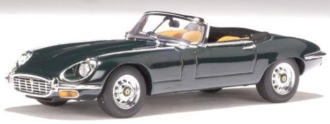 1:43 AUTOart Jaguar E-Type Roadster Series III V12 in Green 53772