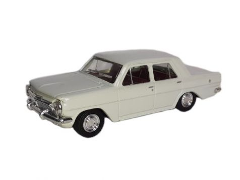1:43 Trax 1963 Holden EH Sedan in Fowlers Ivory 8010