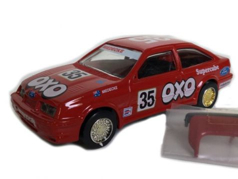1:43 TRAX Ford Sierra-Cosworth Bathurst 1988 #35 Andrew Miedecke OXO 8022