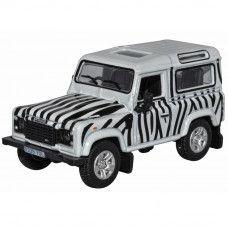 1:76 Land Rover 90 Safari