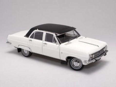 1:18 Biante Holden HR Premier Sedan in Grecian White with Vinyl Roof  diecast model