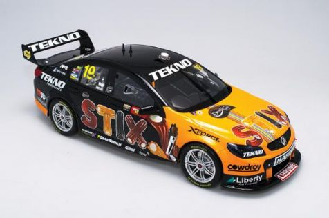 1:12 Biante 2016 BATHURST WINNERS TEKNO Team Darrell Lea – STIX #19 – Holden VF Commodore – Will Davison/Jonathan Webb