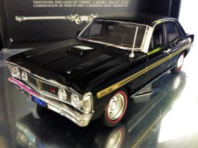 1:43 Biante Ford Falcon XY GT - Onyx Black - B43401E