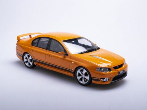 1:18 Biante Ford FPV BF MKII GT in Octane