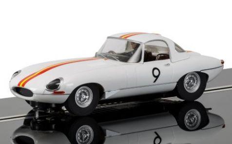 1:32 Scalextric 1965 Bathurst Jaguar E-Type #9 Bob Jane C3890