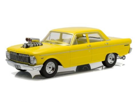 1:18 DDA 1965 Ford XP Falcon Sedan Drag with Blown Engine in Yellow