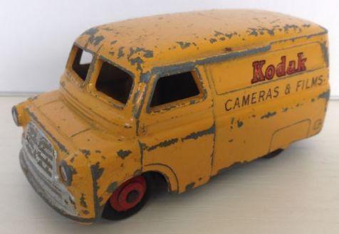 PRELOVED 1:43 Dinky Toys Kodak Bedford Van 480