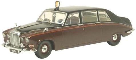 1:43 Oxford Diecast Daimler DS420 (Queen Mum) Claret/Black DS004