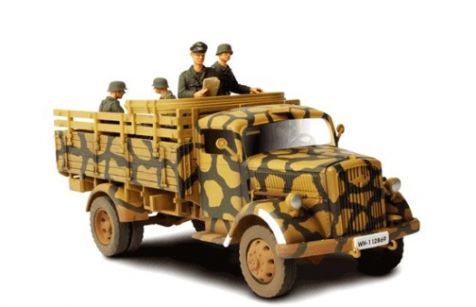1:32 Forces of Valor German 3 Ton Cargo Truck (Open With Figures) - Eastern Front 1943 - 1944 diecast model