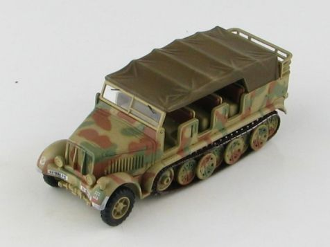1:72 Hobby Master Sd. Kfz. 7 German 8 Ton Half Truck SS-924015, WWII