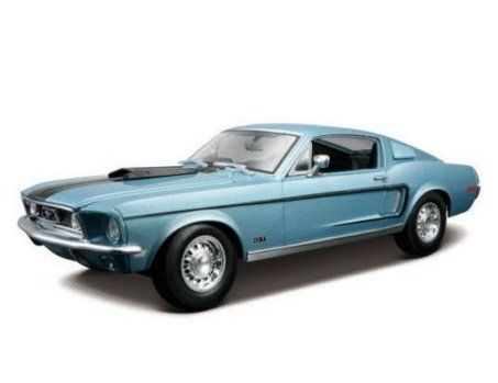 1:18 Maisto 1968 Ford Mustang GT Cobra Jet - Metallic Blue diecast model car