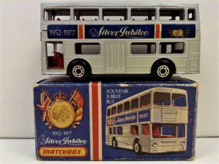 Matchbox - Silver Jubilee Souvenir London Bus Diecast Model - 1952-1977 - Item #17