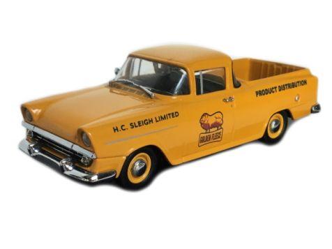 1:43 Trax Aussie Oil Series Holden FB Utility Golden Fleece - TR73D