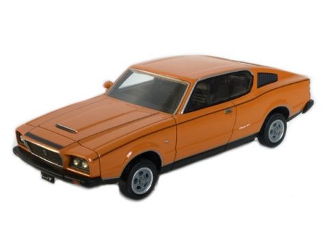 1:43 TRAX 1974 Leyland P76 Force 7 Coupe Home a l'Orange TSS02