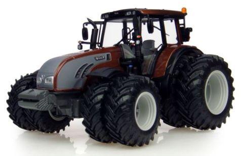 1:32 Universal Hobbies 2011 Valtra T202 Brown Dual Wheels Tractor UH4080