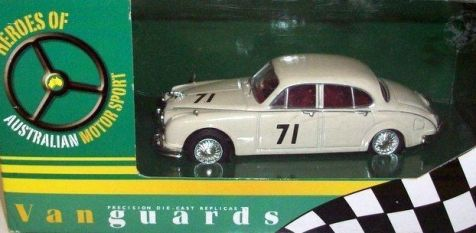 1:43 Vanguards Jaguar MKII ATCC 1963 BOB JANE VA08401
