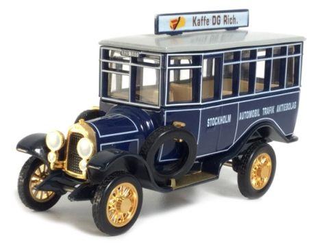 Matchbox - 1922 AEC Omnibus Dublin, Eire YET05-M